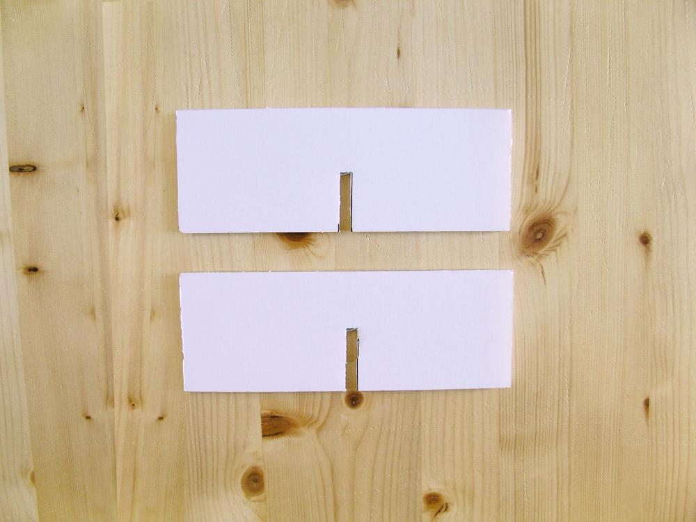 Piezas cartón pluma con muescas