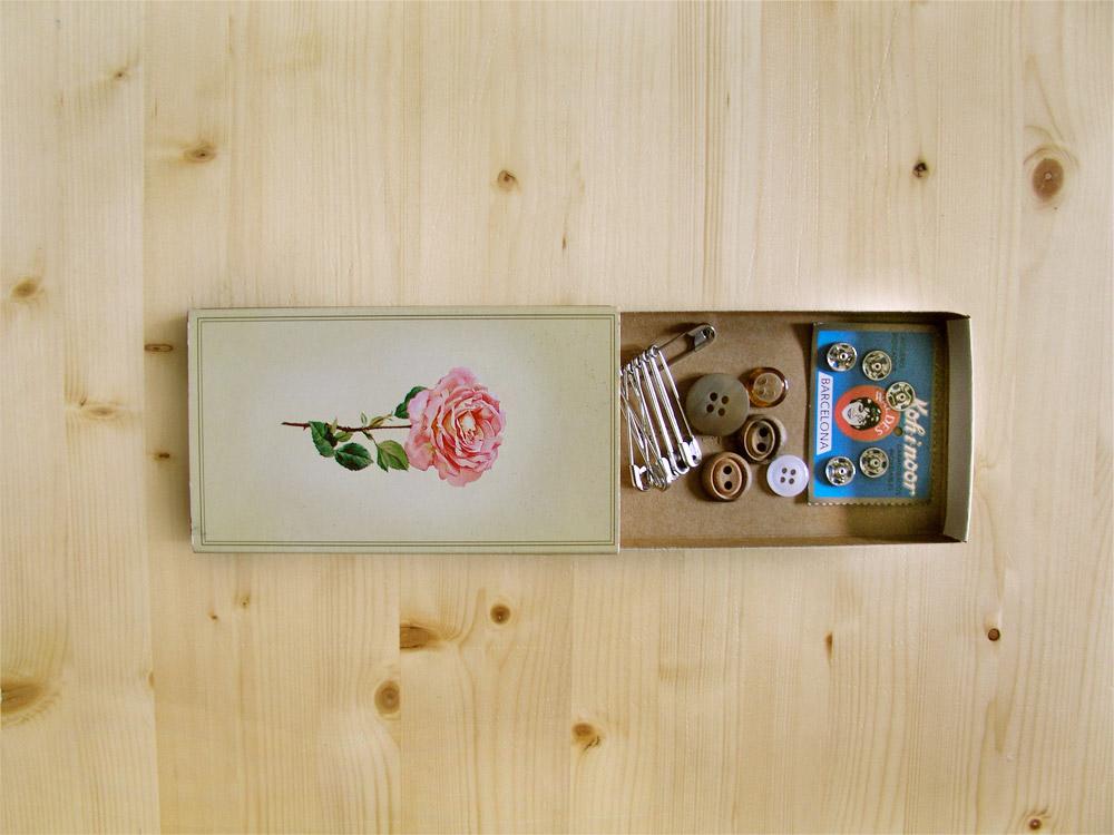 Minicosturero caja de cerillas