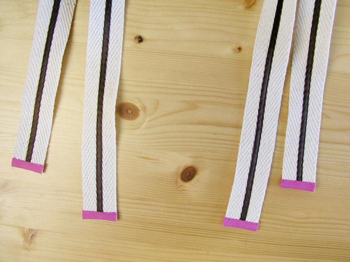 Pulir los extremos de las asas con cinta al bies | Betsy Costura