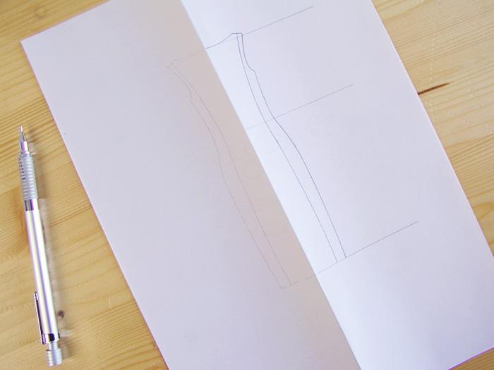 Calcar la otra mitad del vestido|Dibuja tu moda con Betsy