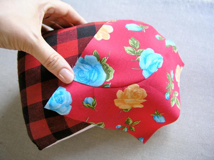 Almohadilla con forma de medio queso para planchar | Betsy Costura