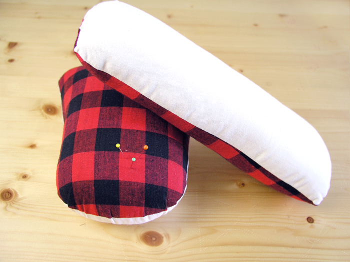 Almohadillas con relleno para planchar   Betsy Costura