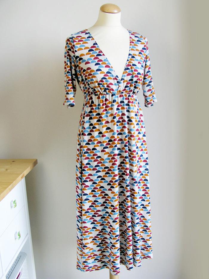 Vestido de punto con elástico transparente | Betsy Costura
