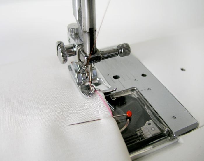 Parar de coser a 2 cm del final de la pinza | Betsy Costura