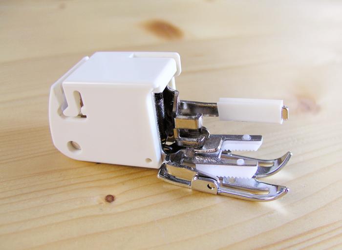 Pie de doble arrastre para máquina de coser plana doméstica | Betsy Costura