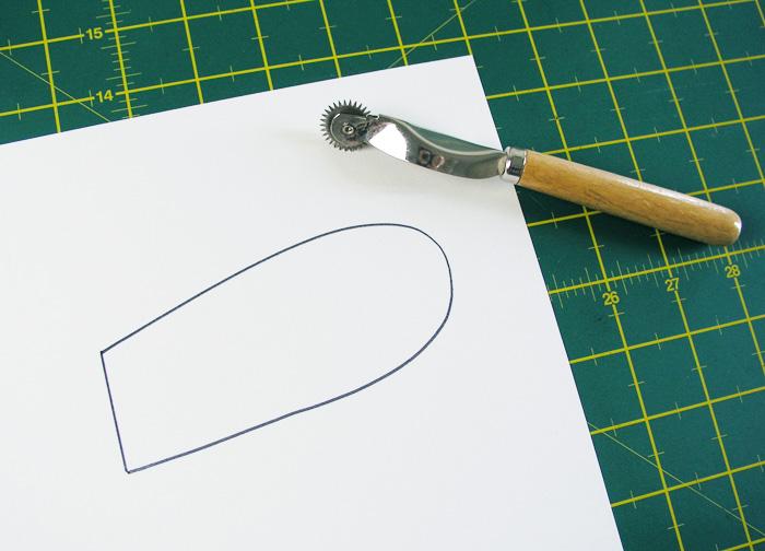 Dibujo de medio patrón | Betsy Costura