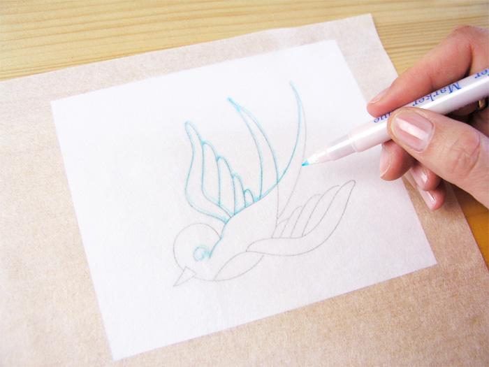 Dibujo en el papel especial con el rotulador   Betsy Costura