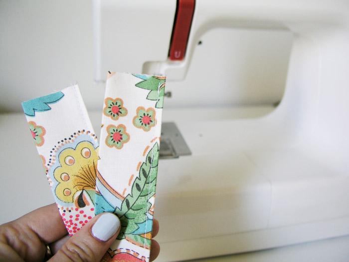Coser por el lado de la doblez del asa | Betsy Costura