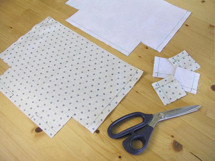 Cortar el exceso de cada pieza en la base | Betsy Costura