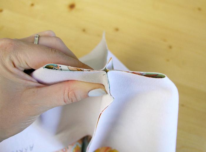 Unir los cantos de la base | Betsy Costura