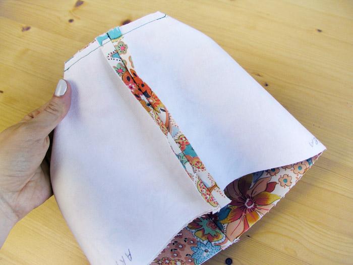 Coser los lados de la base | Betsy Costura