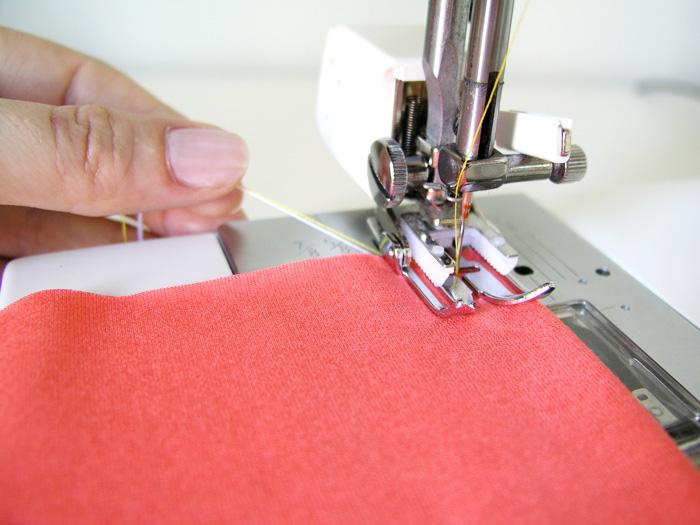 Empezar a coser punto con la máquina plana |  Betsy Costura